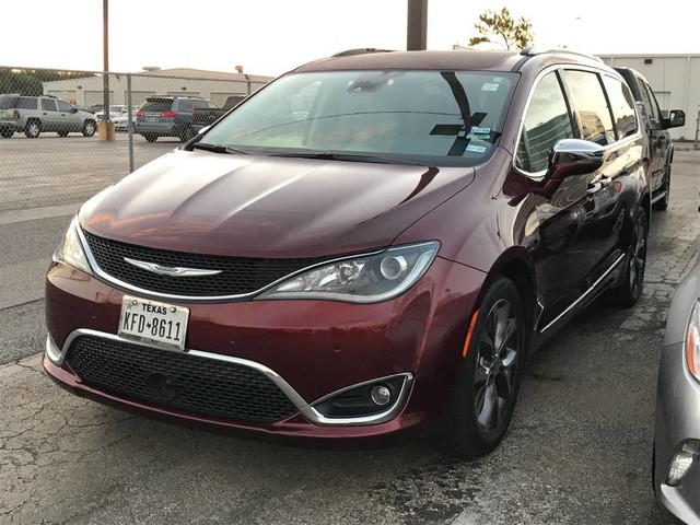 Used 2017 Chrysler Pacifica >> Used 2017 Chrysler Pacifica Limited Minivan Van In League City