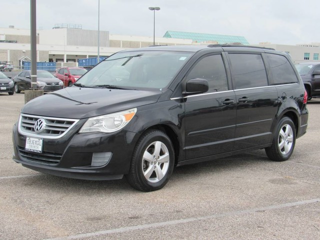 Used 2011 Volkswagen Routan SE