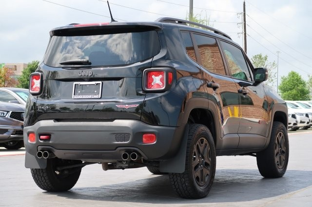 Jeep Renegade Lifted >> Used 2015 Jeep Renegade Trailhawk 2 Lift Suv In League City