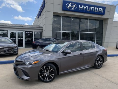 Used 2019 Toyota Camry SE