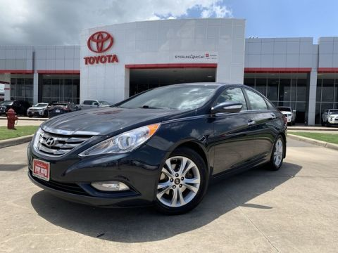 Used 2013 Hyundai Sonata Limited PZEV w/Wine Int
